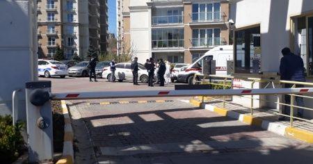 Küçükçekmece'de korona şüphesi: 1 adam evinde ölü bulundu