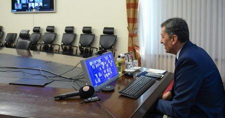 Milli Eğitim Bakanı Ziya Selçuk, EBA canlı sınıfta öğrencilerle buluştu