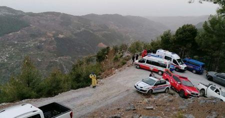 Otomobil uçuruma yuvarlandı: 1 ölü, 1 ağır yaralı