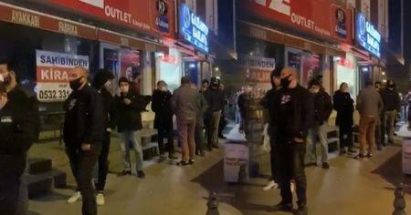 Sokağa çıkma yasağının ardından vatandaşlar fırın ve bakkallara akın etti