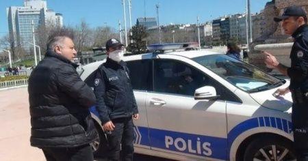 Taksim'de sosyal mesafe cezası yiyen vatandaştan ilginç tepki