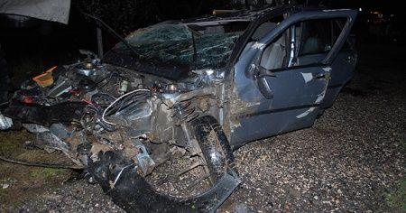 Tekirdağ'da feci kaza, araba hurdaya döndü