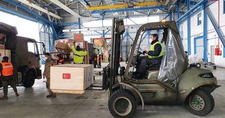 Tıbbi malzemeler İspanyol yetkililere teslim edildi
