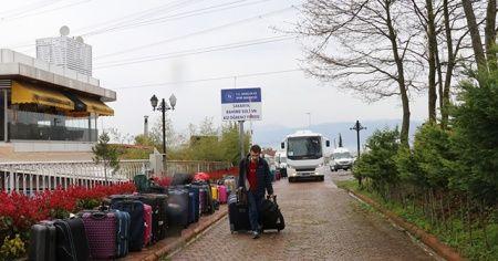 Ukrayna'dan gelen vatandaşlar öğrenci yurduna yerleştirildi