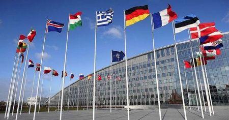 Yeni tip koronavirüs NATO'yu da vurdu