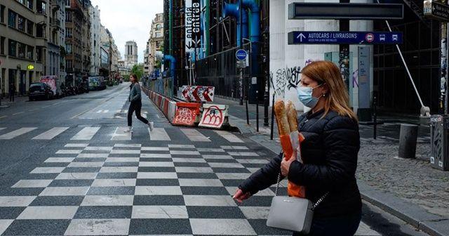 Fransa'da Kovid-19 nedeniyle ölenlerin sayısı 28 bin 332'ye yükseldi