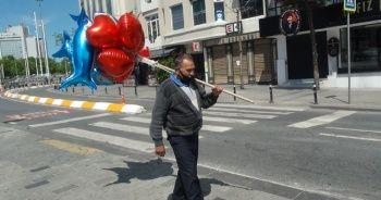 Balon satmak için sokağa çıkmıştı! Siftah yapamadan evine döndü