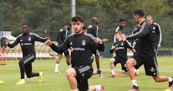 Beşiktaş günün ilk idmanını tamamladı