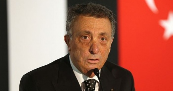Beşiktaş Kulübü Başkanı Ahmet Nur Çebi, 19 Mayıs'ı kutladı