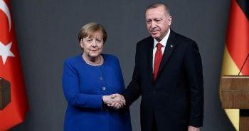 Cumhurbaşkanı Erdoğan, Almanya Başbakanı Merkel ile telefon görüşmesi gerçekleştirdi