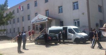 İki aile arasında silahlı kavga: 5 ölü