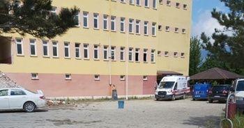 Okul inşaatında 4'üncü kattan düşen işçi hayatını kaybetti