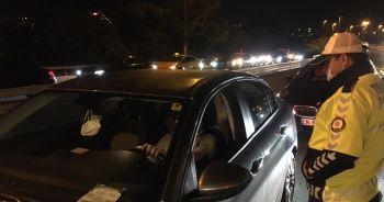 Sokağa çıkma kısıtlaması sonrası polis denetimleri başladı