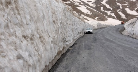 'Dokuzuncu Gezegen' yolunda kar kalınlığı 4 metreyi buluyor