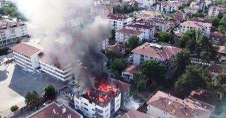 Amasya'da korkutan ev yangını
