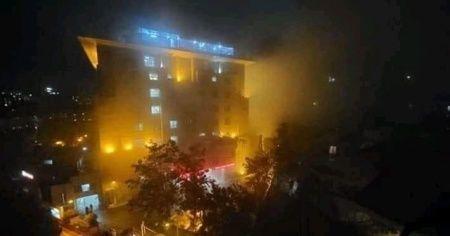 Bangladeş'te hastanede yangın: 5 korona virüs hastası öldü