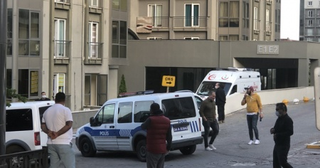 Esenyurt'ta haber alınamayan şahıs evinde ölü bulundu