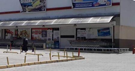 Karantinaya alınan market çalışanı, korona virüsten hayatını kaybetti