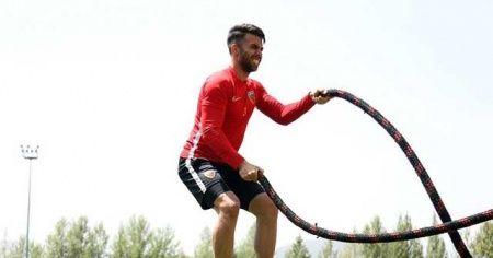 """Kayserisporlu Emre Taşdemir: """"8 kritik maça çıkacağız"""""""