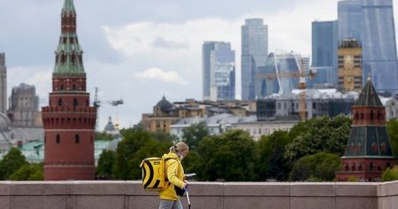 Rusya'da Kovid-19 vaka sayısı 400 bini geçti