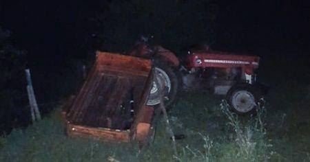 Traktör şarampole yuvarlandı
