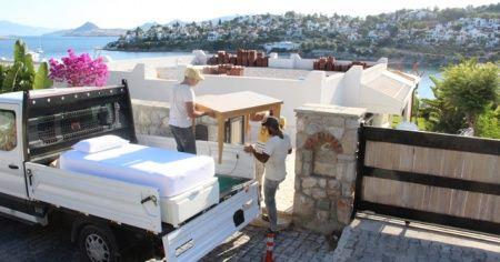 Yılmaz Özdil evindeki eşyaları yıkım öncesi boşaltılıyor