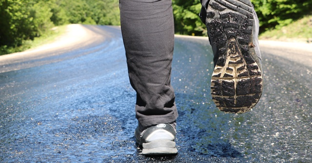 30 dereceye ulaşan sıcaklık asfaltı eritti