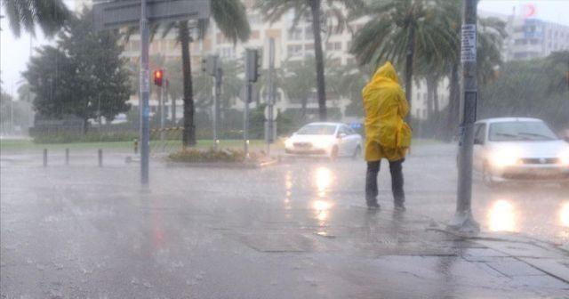 Dikkat! Meteoroloji'den sağanak yağış uyarısı