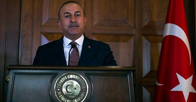 Dışişleri Bakanı Çavuşoğlu: Macron, tehlikeli bir oyun oynuyor