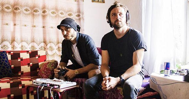 İki müzisyen 'Searching for Sound' belgeseli için yola çıktı
