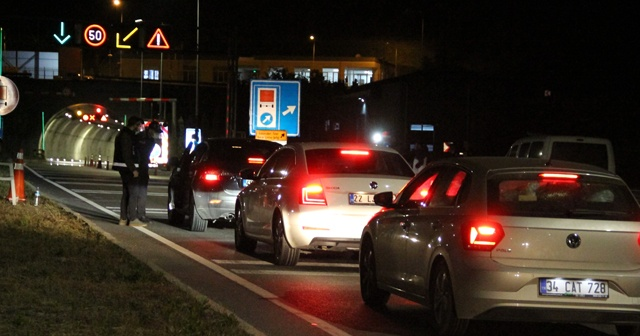 Kısıtlamanın bitmesiyle İzmir-Manisa arası seyahat başladı