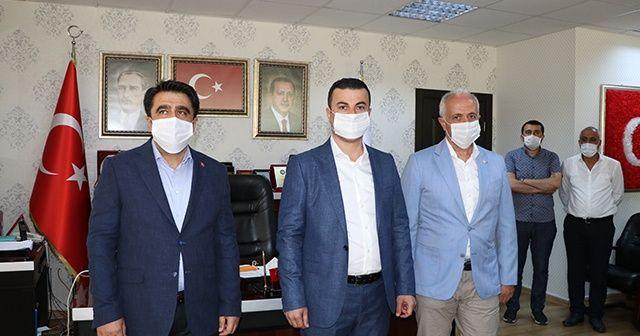 Partisinden istifa eden CHP'li eski belediye meclis üyesi AK Parti'ye katıldı