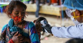 Bangladeş'te son 24 saatte 2 bin 856, Nepal'de 273 yeni Kovid-19 vakası görüldü