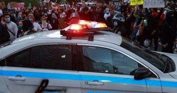 Floyd için yapılan protesto gösterilerinin Kovid-19 vakalarını artırmasından endişe ediliyor