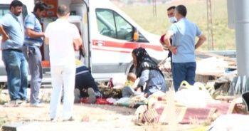 Konya'da minibüs ile tır çarpıştı: 6 ölü