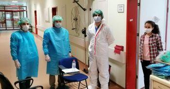 Koronavirüs tedavisi gören öğrenci LGS'ye hastanede girdi