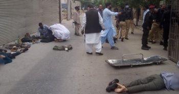 Pakistan'da borsa binasına silahlı saldırı: 9 ölü