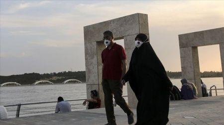 İran'da yeni tip koronavirüs nedeniyle hayatını kaybedenlerin sayısı 7 bin 878'e yükseldi