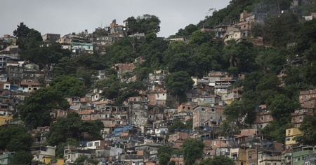 Son 24 saatte Brezilya'da 904, Meksika'da 341 kişi öldü