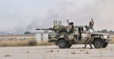 Libya ordusu başkentin Ayn Zara ve Vadi er-Rebi bölgelerinde kontrolü sağladı