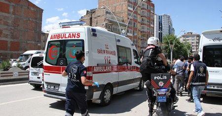 Maske tartışmasında, minibüs şoförü bıçaklandı