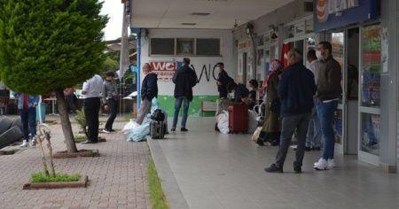 Otobüsler yetmiyor! Akın akın İstanbul'a geliyorlar