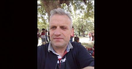 Sokakta yürürken kalp krizi geçiren öğretmen hayatını kaybetti