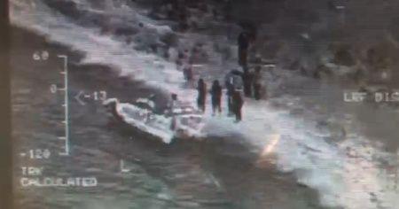Yunanlılar göçmen botunu patlattı: 1 ölü