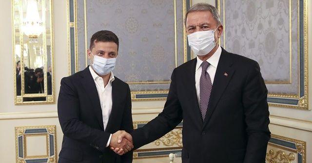 Bakan Akar, Ukrayna Devlet Başkanı ile görüştü