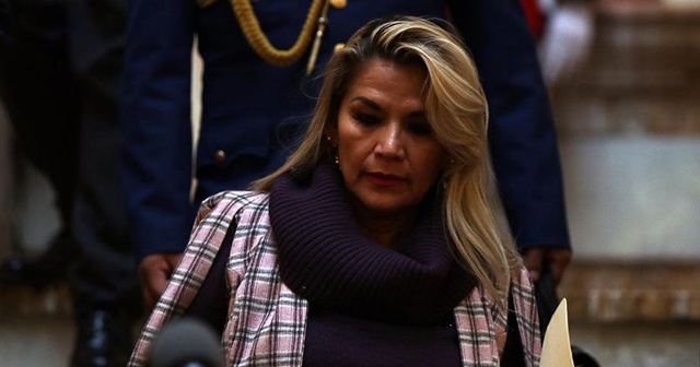 Bolivya geçici Devlet Başkanı Anez korona virüse yakalandı