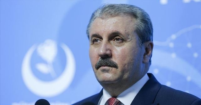 Destici: Türkiye artık darbelere geçit olmayacağını 15 Temmuz'da göstermiş oldu