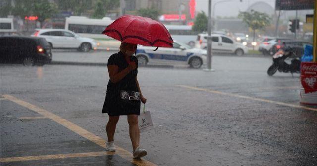Doğu Karadeniz için 'şiddetli' ve 'çok kuvvetli' yağış uyarısı