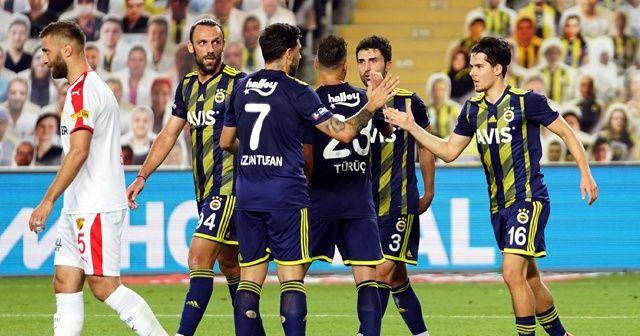 Fenerbahçe Kadıköy'de Göztepe'yi 2 golle geçti