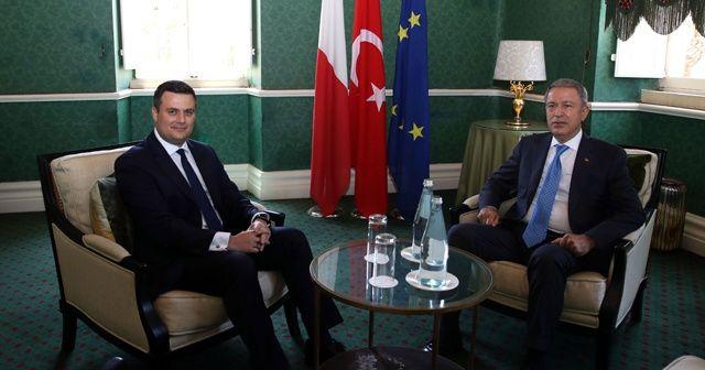 Milli Savunma Bakanı Akar, Malta Ulusal Güvenlik ve İçişleri Bakanı ile görüştü